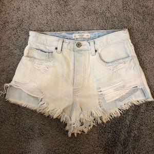 ABERCROMBIE high waisted festival short